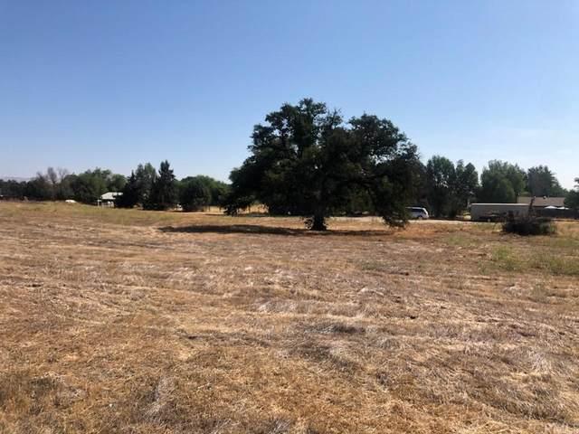 30 Laddy Lane, Paso Robles, CA 93446 (#NS21184962) :: Zutila, Inc.