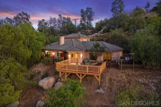 16275 Highland Mesa Dr, Escondido, CA 92025 (#210024694) :: Steele Canyon Realty