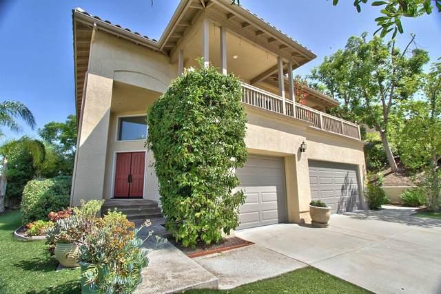 826 Calle Talentia, Escondido, CA 92025 (#NDP2110360) :: Corcoran Global Living