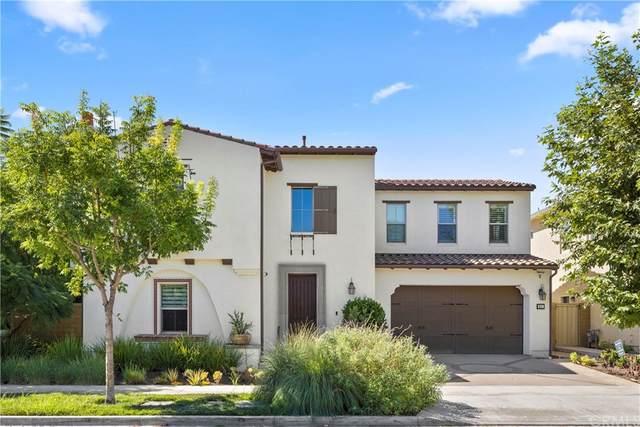 211 Radial, Irvine, CA 92618 (#OC21185666) :: Latrice Deluna Homes
