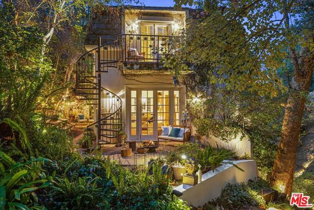 10075 Stowell Lane, Beverly Hills, CA 90210 (#21780776) :: The Miller Group