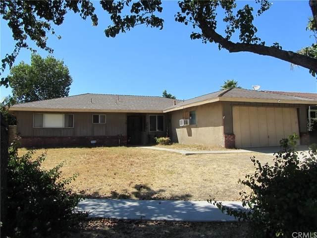 880 S Wisteria Avenue, Bloomington, CA 92316 (#EV21200949) :: Corcoran Global Living