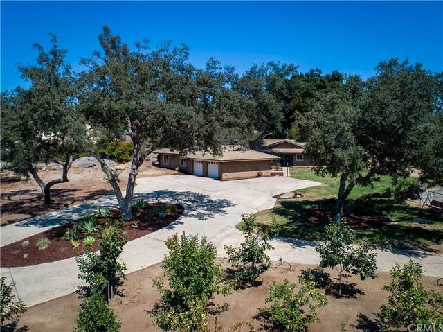 14830 Fruitvale Road, Valley Center, CA 92082 (#SW21202495) :: Steele Canyon Realty