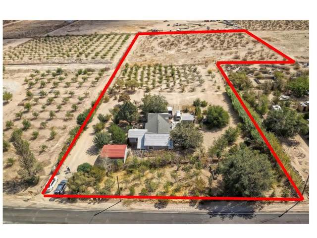 10185 Custer Avenue, Lucerne Valley, CA 92356 (#IV21202608) :: Steele Canyon Realty