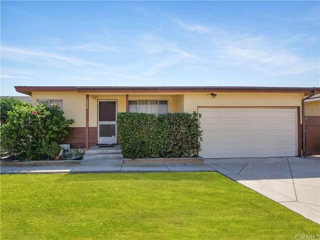 202 W 219th Street, Carson, CA 90745 (#SB21159440) :: Blake Cory Home Selling Team