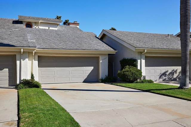 16057 Via De Las Palmas, Rancho Santa Fe, CA 92091 (#NDP2110853) :: Wendy Rich-Soto and Associates