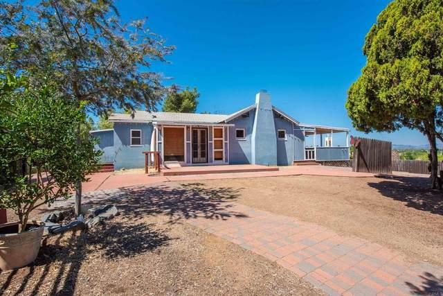 2131 Alexander Drive, Escondido, CA 92025 (#NDP2110867) :: Corcoran Global Living