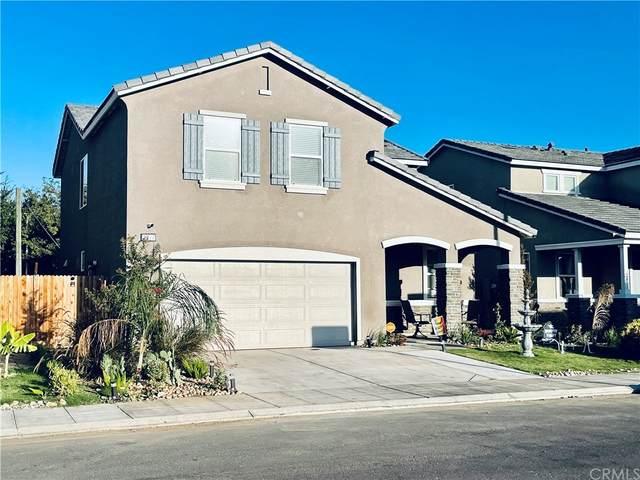 2377 S Justin Avenue, Fresno, CA 93725 (#SW21206656) :: Robyn Icenhower & Associates