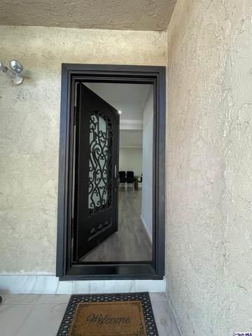 8916 Lev Avenue, Arleta, CA 91331 (#320007757) :: Corcoran Global Living