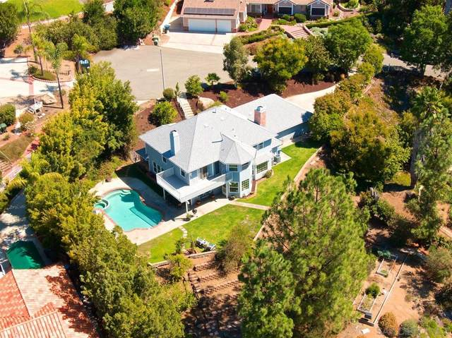 3291 Cherimoya Glen, Escondido, CA 92025 (#210026781) :: Corcoran Global Living