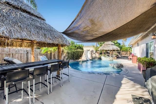 934 Cedar Avenue, Chula Vista, CA 91911 (#210026826) :: Corcoran Global Living