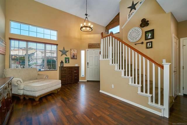 10106 Laurel Country Way, Lakeside, CA 92040 (#210026958) :: Corcoran Global Living