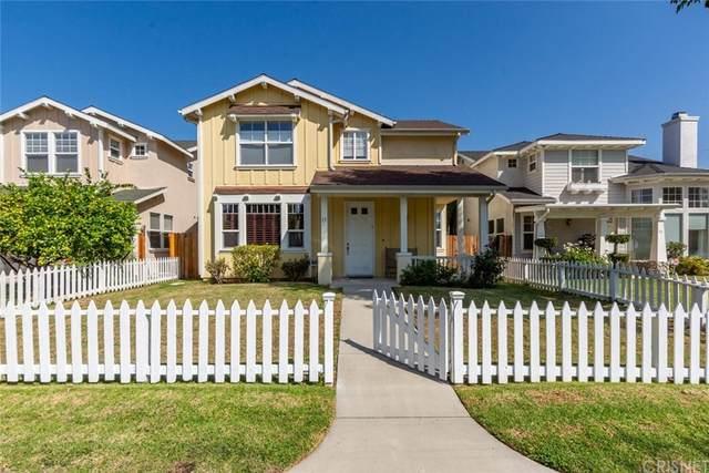 7101 Oso Avenue #15, Winnetka, CA 91306 (#SR21210451) :: Corcoran Global Living