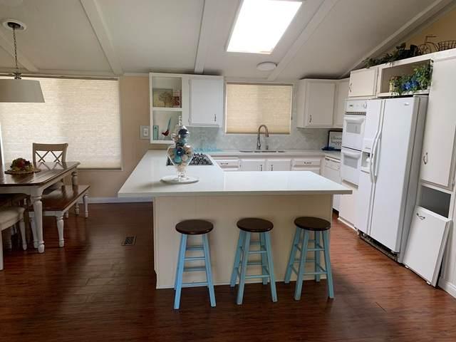 86 Athens Street, Rancho Mirage, CA 92270 (#219068358DA) :: The Kohler Group