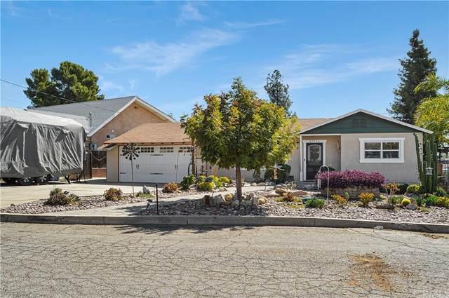 33629 Reedywoods Lane, Yucaipa, CA 92399 (#EV21219168) :: Compass