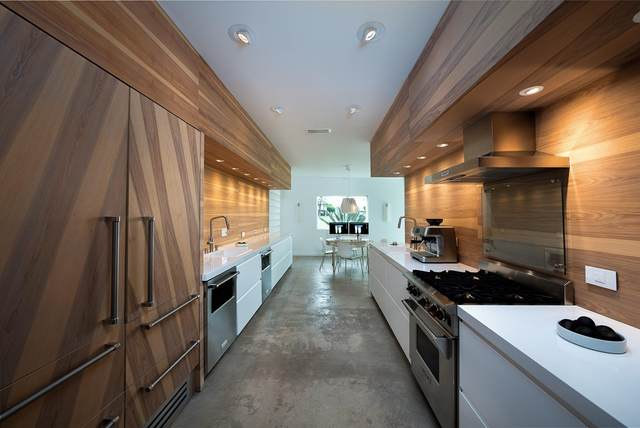 407 Desert Lakes Drive, Palm Springs, CA 92264 (#219068440PS) :: Blake Cory Home Selling Team