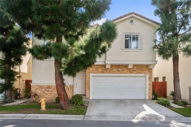 2305 Redondo Village Way, Gardena, CA 90249 (#SB21221047) :: The Kohler Group