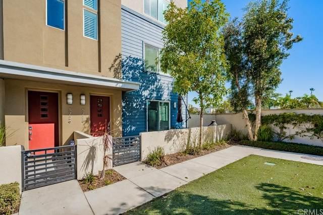 5728 Acacia Lane, Lakewood, CA 90712 (#OC21224748) :: The Kohler Group