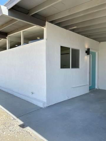 2020 Desert King Avenue, Thermal, CA 92274 (#219068789DA) :: Z REALTY