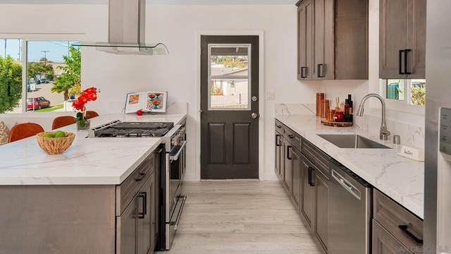1419 Max Ave, Chula Vista, CA 91911 (#210028871) :: Blake Cory Home Selling Team