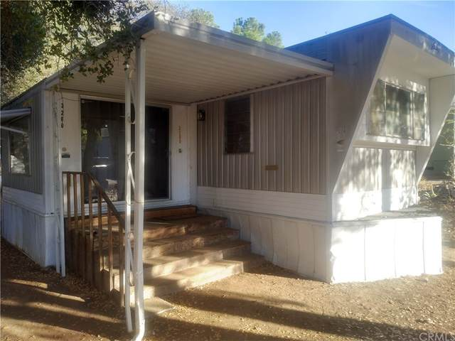 3260 13th Street, Clearlake, CA 95422 (#LC21230870) :: Compass
