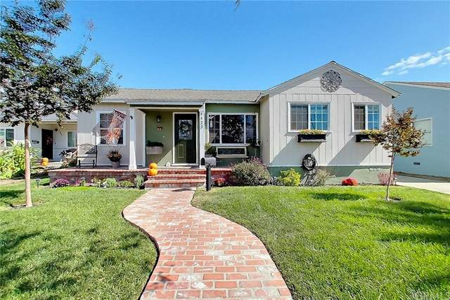 4422 Palo Verde Avenue, Lakewood, CA 90713 (#PW21231005) :: Wendy Rich-Soto and Associates