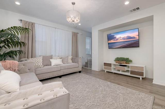 718 Seaside Street, Chula Vista, CA 91910 (#PTP2107308) :: Mainstreet Realtors®