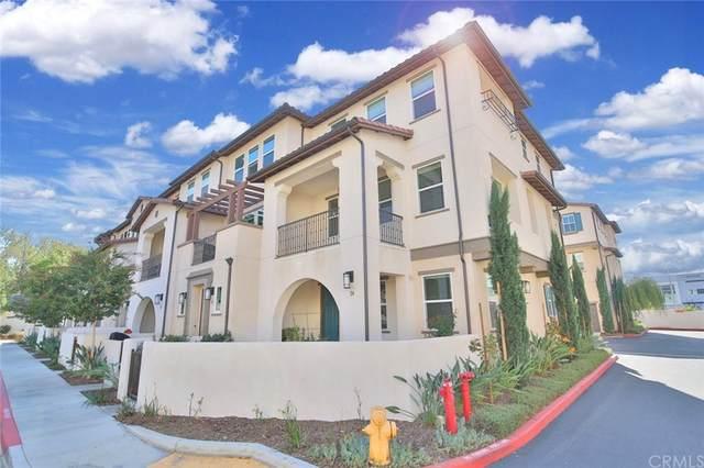 537 W Foothill Boulevard #114, Glendora, CA 91741 (#WS21231517) :: Mainstreet Realtors®