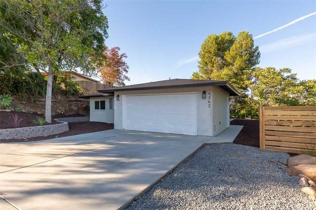 9362 Starcrest Drive, Santee, CA 92071 (#ND21233402) :: Team Forss Realty Group