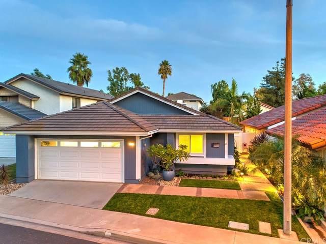 19 Richmond, Irvine, CA 92620 (#OC21233598) :: Compass