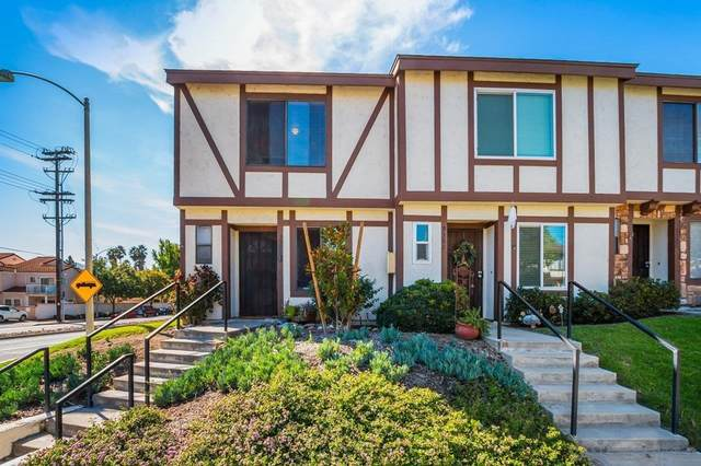 9300 W Heaney Cir, Santee, CA 92071 (#210029512) :: The Kohler Group