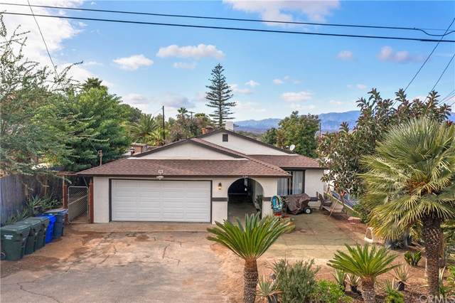 724 N Vine Street, Fallbrook, CA 92028 (#ND21233319) :: The M&M Team Realty