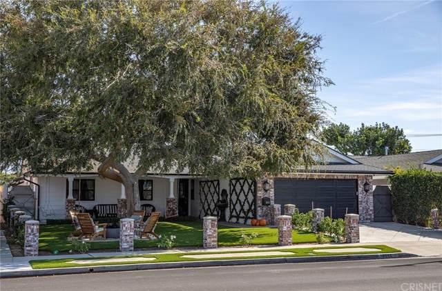 19552 Westwinds Lane, Huntington Beach, CA 92646 (#SR21235026) :: Compass