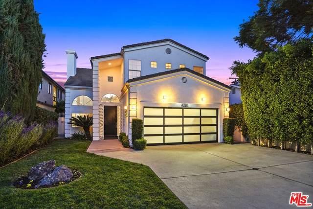 4220 Sunnyslope Avenue, Sherman Oaks, CA 91423 (#21798134) :: Compass