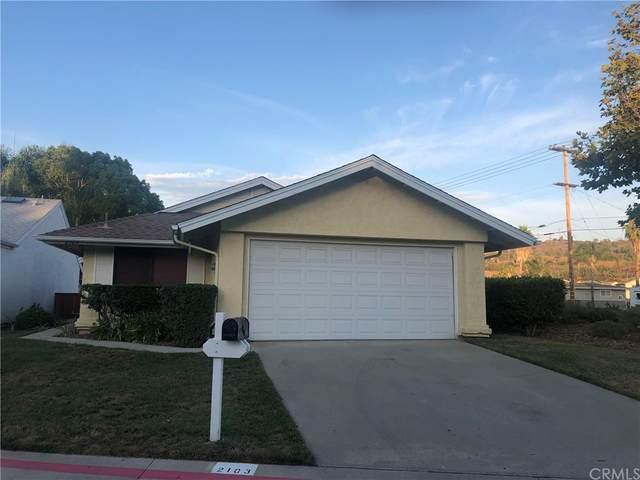 2103 Teal Glen, Escondido, CA 92026 (#SW21158522) :: Robyn Icenhower & Associates