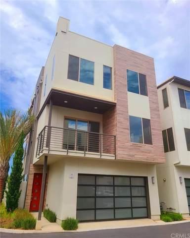 2 Ebb Tide, Newport Beach, CA 92663 (#NP21177687) :: Corcoran Global Living