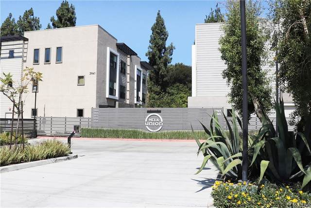 3801 Eagle Rock Blvd. #4, Los Angeles (City), CA 90065 (#PW21193684) :: Corcoran Global Living