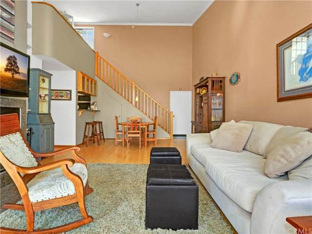 603 S Prospect Avenue #303, Redondo Beach, CA 90277 (#SB21198949) :: Go Gabby