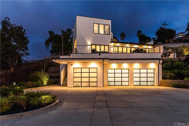 901 Luna Vista Drive, Escondido, CA 92025 (#SW21206029) :: Murphy Real Estate Team