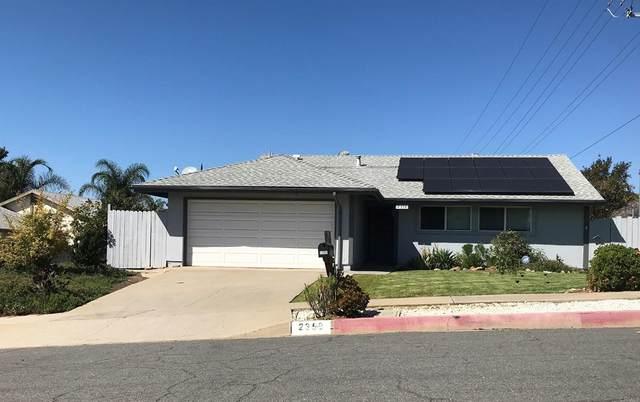 2352 Lee Avenue, Escondido, CA 92027 (#NDP2111330) :: Robyn Icenhower & Associates
