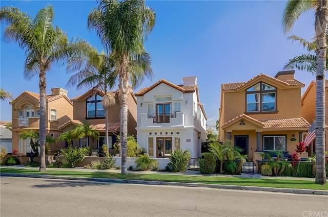 1106 Huntington Street, Huntington Beach, CA 92648 (#OC21235582) :: Compass