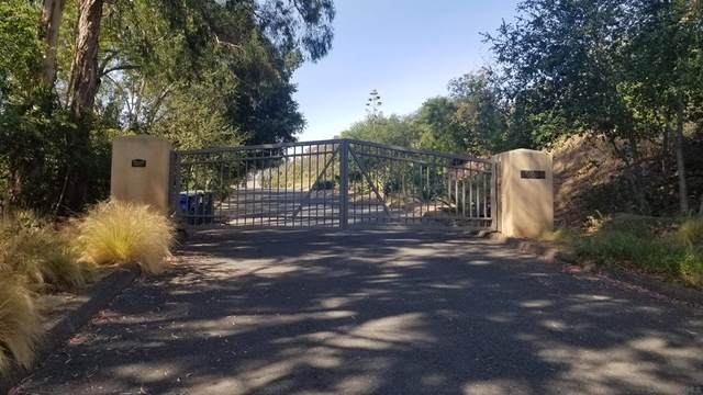 1 SW Boulder Mt. Rd., Poway, CA 92064 (#210023555) :: Corcoran Global Living
