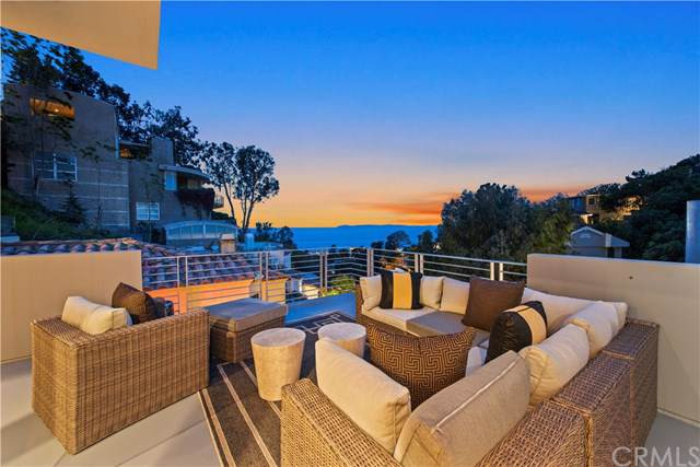 845 Summit Drive, Laguna Beach, CA 92651 (#OC19078455) :: Doherty Real Estate Group