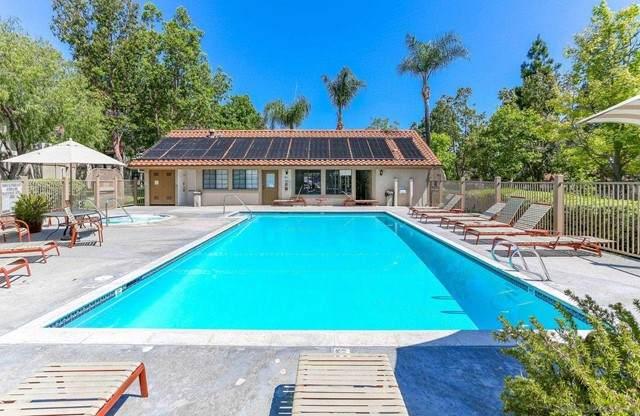 10379 Azuaga St #144, San Diego, CA 92129 (#210015547) :: Berkshire Hathaway HomeServices California Properties