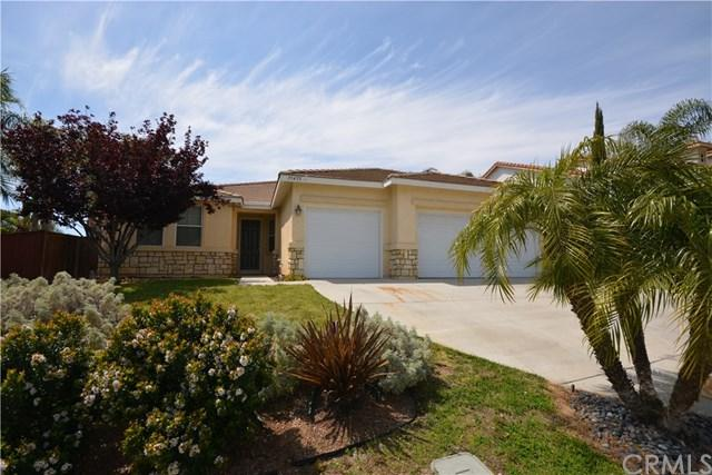 35455 Meadow Park Circle, Wildomar, CA 92595 (#SW17077857) :: Allison James Estates and Homes