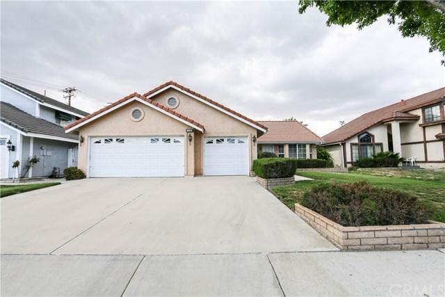 2466 Garland Way, Hemet, CA 92545 (#TR17083221) :: RE/MAX Estate Properties