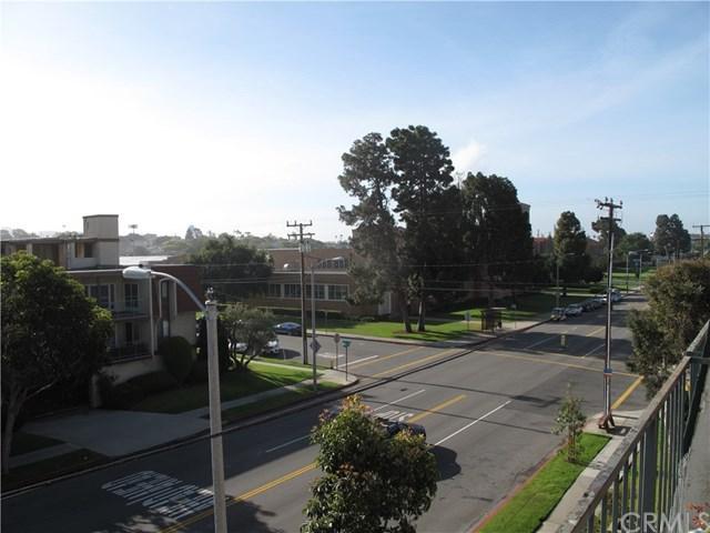 745 Main Street #302, El Segundo, CA 90245 (#SB17098883) :: Erik Berry & Associates