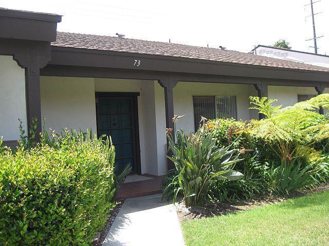 2011 W Katella Avenue #73, Anaheim, CA 92804 (#PW16090265) :: The Darryl and JJ Jones Team