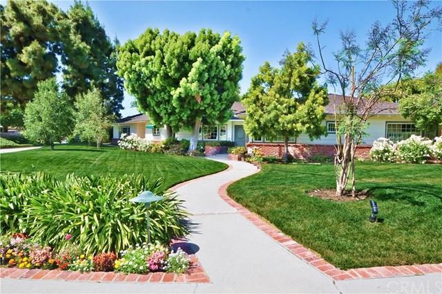 1 Goldring Place, Rolling Hills Estates, CA 90274 (#PV17119028) :: Erik Berry & Associates