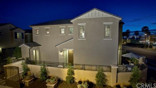 236 Primrose, Lake Forest, CA 92610 (#OC17129151) :: Berkshire Hathaway Home Services California Properties